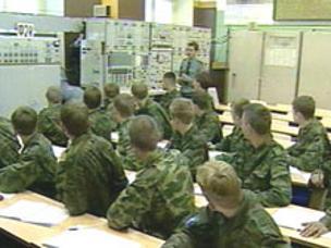 Число военных вузов в России сократиться в 7 раз