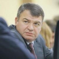 Недовольство Сердюковым превысило критическую массу ?