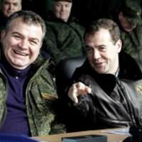 Сердюков о ВКО - министр обещает перехватывать ракеты из космоса